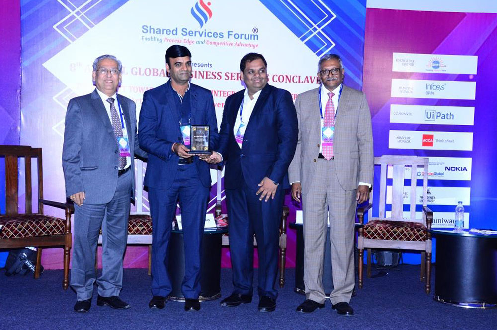 VEBS Bags Award at 8th Annual Global Business Services Conclave